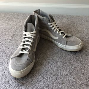 Vans sk8-hi zip-up reissue grey and white sneaker